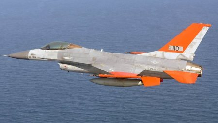 F-16 Unmanned Drone
